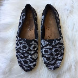 Toms Black White Slip On Sneaker Shoe Fabric 10